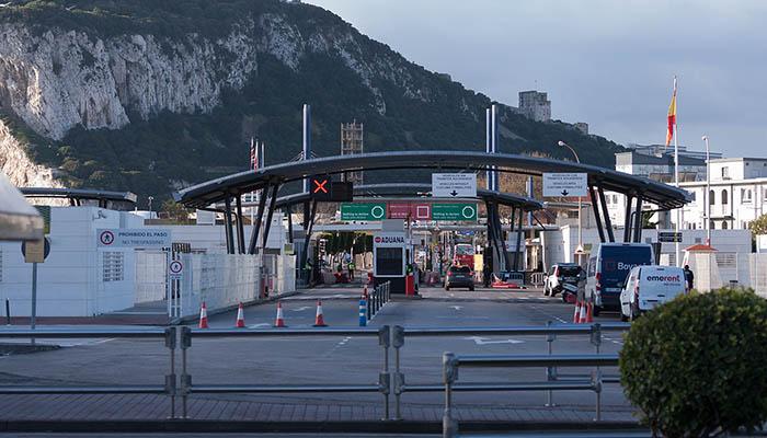 La verja de Gibraltar en los días de confinamiento, Foto SR