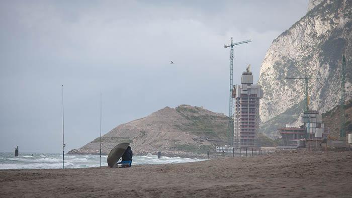 Las Terrazas de Hassan, vistas desde La Atunara de La Línea. Foto Sergio Rodríguez