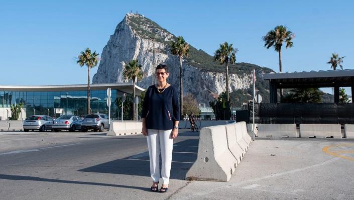 La ministra, el pasado miércoles junto a la Verja de Gibraltar