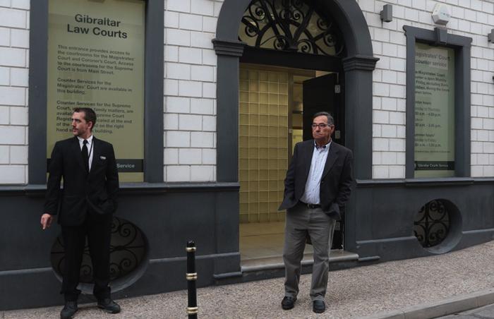 Leoncio Fernández en una visita anterior a la Corte de Gibraltar