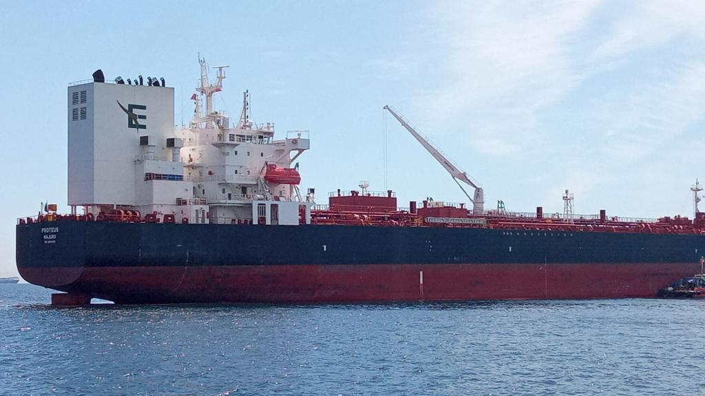 El Proteus, buque denunciado por Verdemar. Foto Verdemar