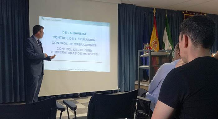 Lisardo Capote, máximo responsable de Vigilancia Aduanera en la comarca, durante su intervención. Foto LR