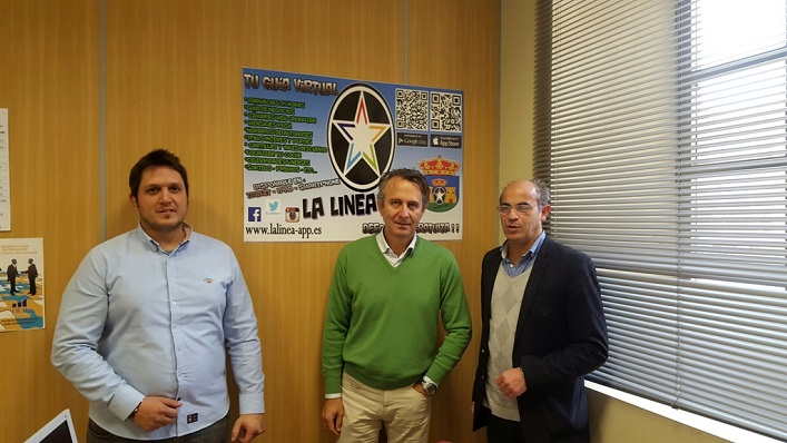 El nuevo presidente del GT, a la derecha de la imagen
