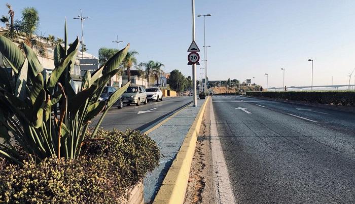 El Ayuntamiento renovará los maceteros de la avenida Pérez Arriete