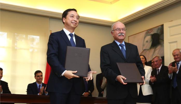 Manuel Morón, a la derecha en imagen de archivo, será el encargado de leer el manifiesto