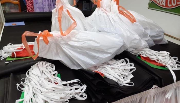Algunas de las mascarillas elaboradas por los voluntarios en San Roque