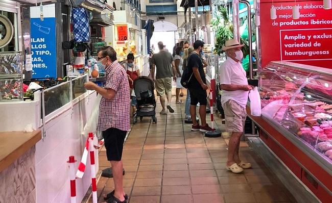 Uno de los pasillos del Mercado Municipal de La Línea. Foto: NG