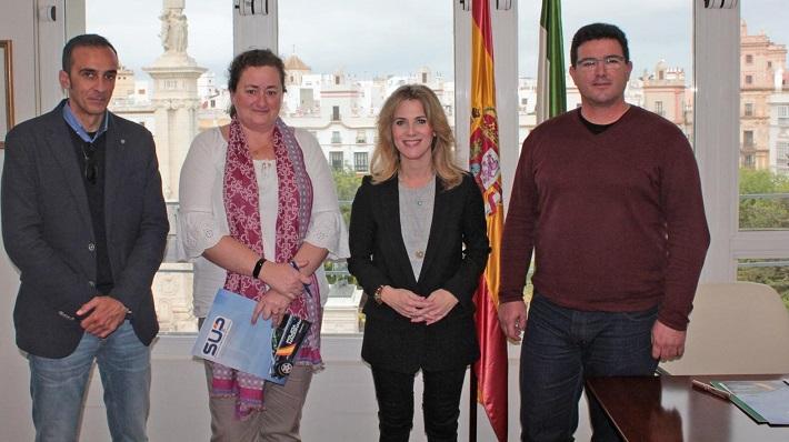La reunión se ha producido en la sede de la Junta en Cádiz capital