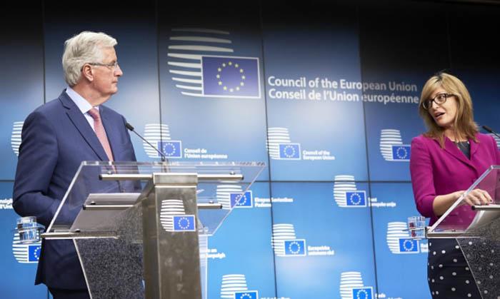 Michel Barnier y Ekaterina Zaharieva