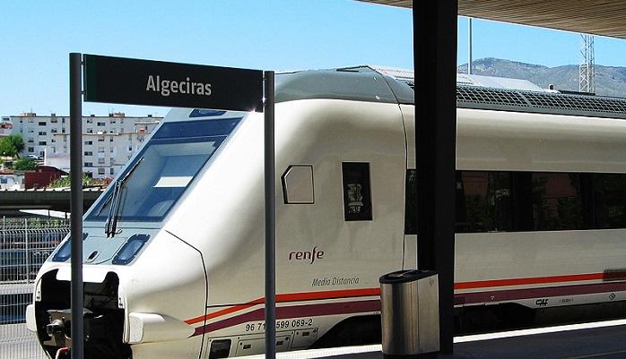 Landaluce pide a RENFE descuentos y promociones para el tren Algeciras-Madrid