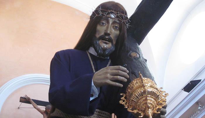 La antiquísima imagen del Nazareno antes de su salida procesional este Jueves Santo. Foto APG