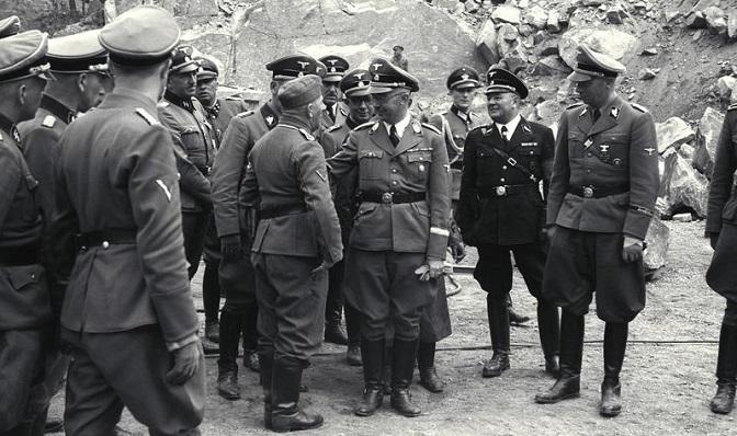 Himmler visitó en abril de 1941 el campo de exterminio de Mauthausen