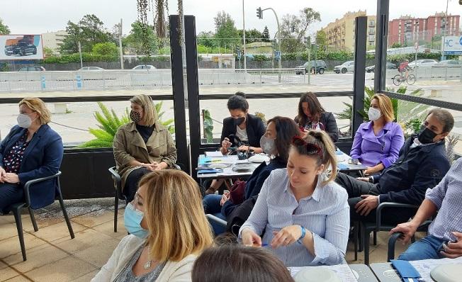 Una imagen de la actividad desarrollada para mujeres empresarias. Foto: lalínea.es