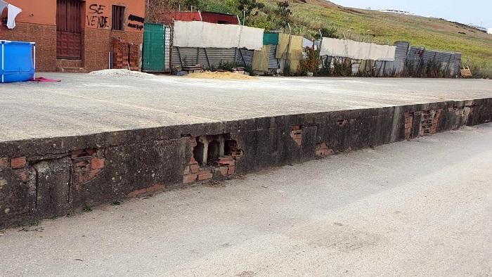 Vox Algeciras critica el estado en el que está la avenida Agua Marina