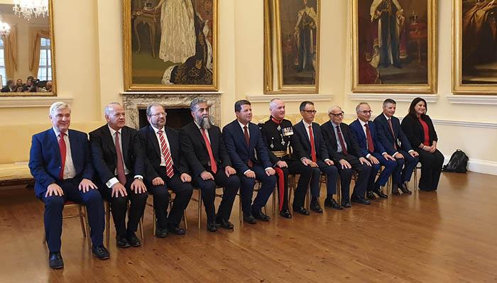 Nuevo gobierno, junto al gobernador británico. Foto InfoGibraltar