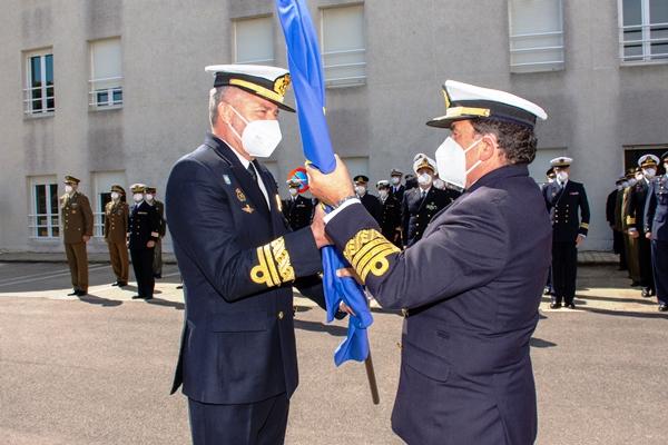 El vicealmirante Núñez recibe del ALFLOT el mando, esta mañana, en el cuartel general de Atalanta. Foto EU NAVFOR
