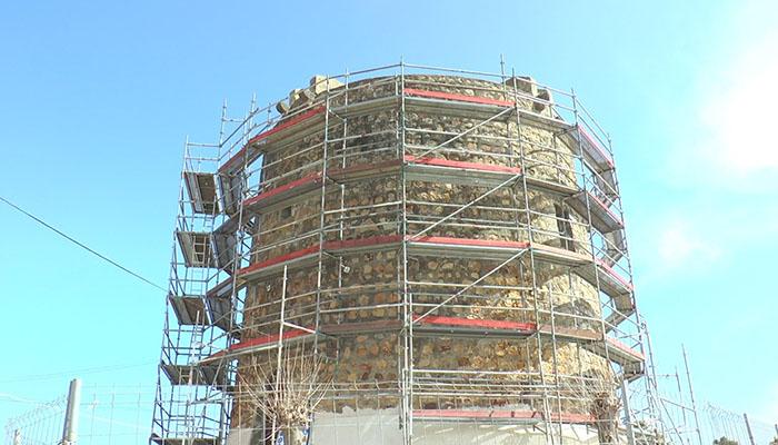 Las obras en la Torre Nueva de Torreguadiaro han causado mucha polémica