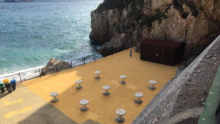 Reparación de espacios de recreo en Gibraltar