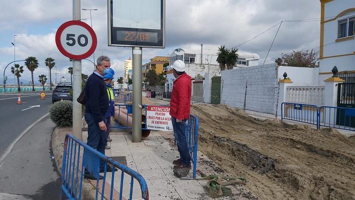El concejal de Infraestructuras, esta mañana visitando las obras