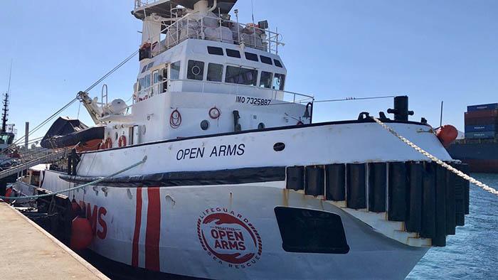 El Open Arms, atracado a puerto