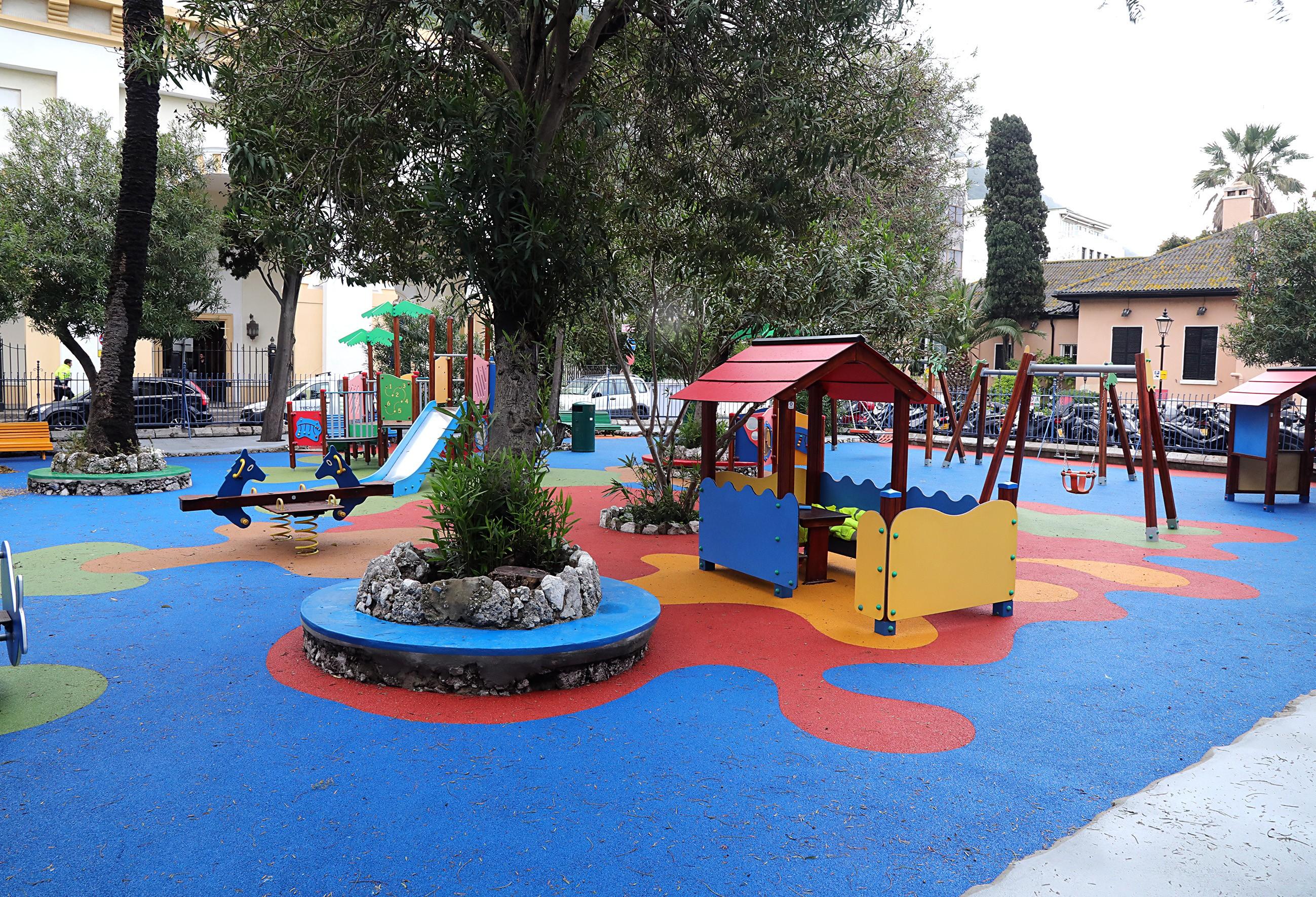 Parque infantil de la plaza de la Catedral. Foto GG