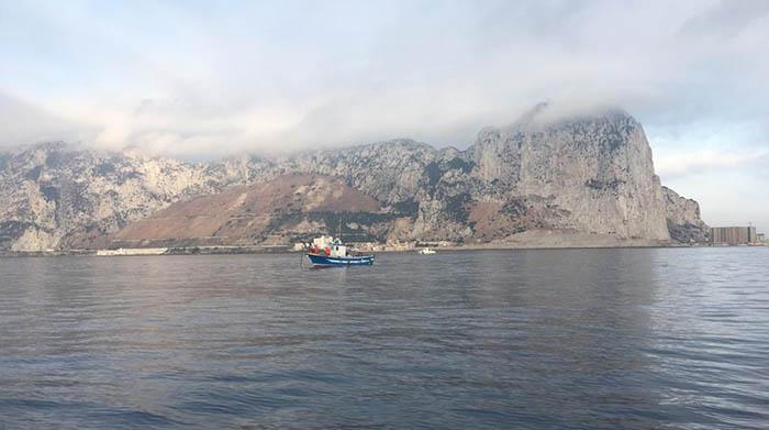 Un pesquero español cerca de Gibraltar en una imagen de archivo
