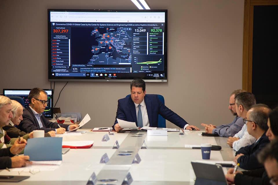 Picardo con los miembros del Gobierno. Foto GG