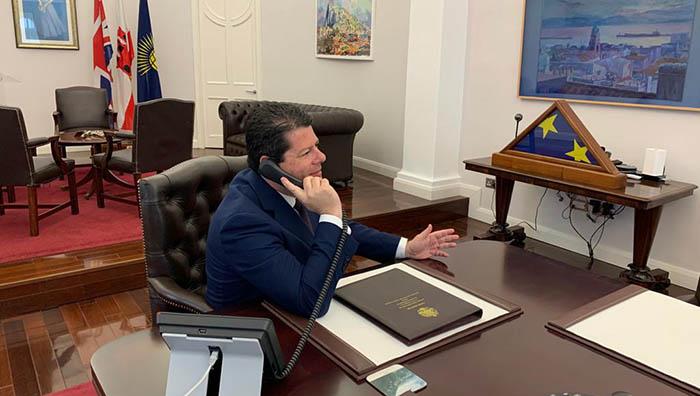 Picardo, en su despacho como ministro principal de Gibraltar. Foto InfoGibraltar