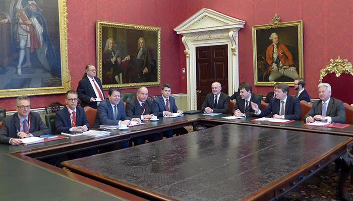 La delegación gibraltareña, en la última reunión de Londres