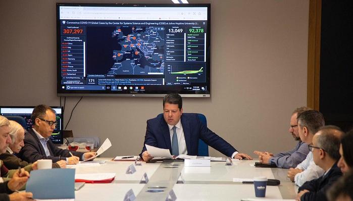 Fabian Picardo y parte de su gobierno, en una reunión reciente