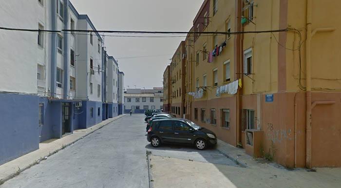 Pisos del barrio de San Bernardo en La Línea