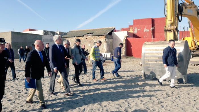 El alcalde de La Línea y el subdelegado visitaron las obras la pasada semana