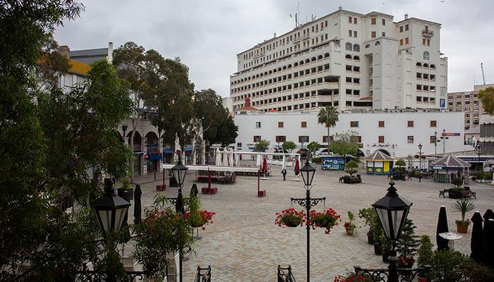 Plaza de Casamatas vacía. Foto Sergio Rodríguez