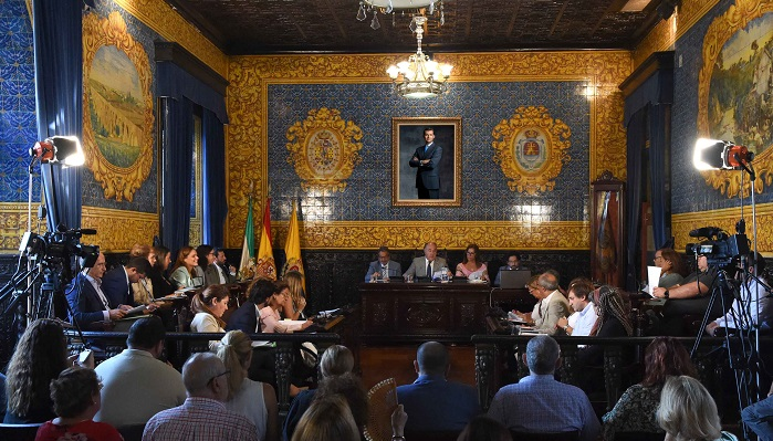 El Ayuntamiento celebra el pleno ordinario del mes de septiembre