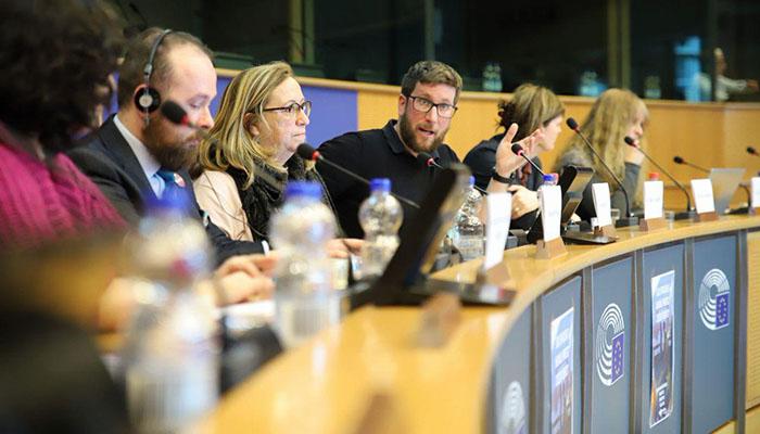 Podemos ha llevado al Parlamento Europeo la situación de La Línea