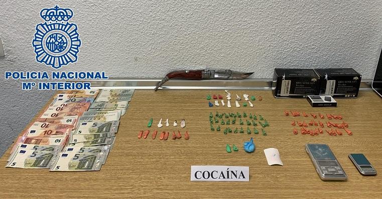 Los elementos encontrados por la Policía durante la actuación