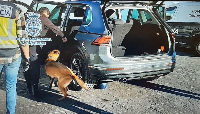 Una imagen de la actuación de la Policía Nacional en Algeciras