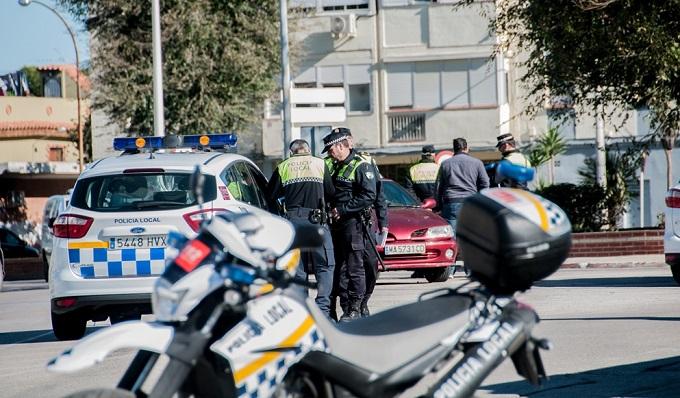 Agentes de la Policía Local, en un control rutinario