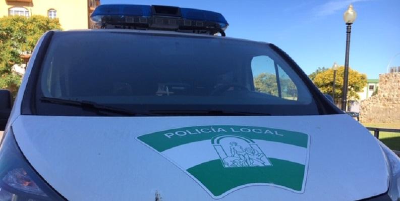 Frontal de un vehículo de la Policía Local de La Línea