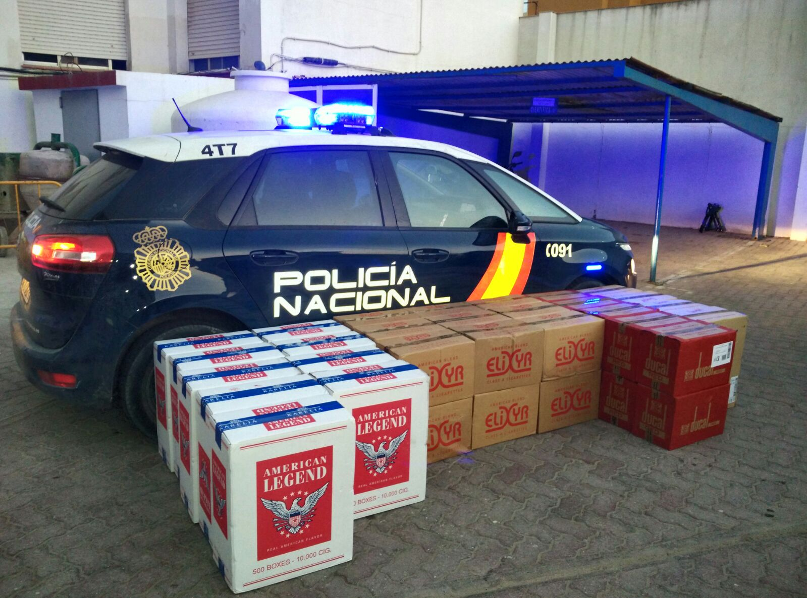 Tabaco aprehendido por la Policía Nacional en La Línea