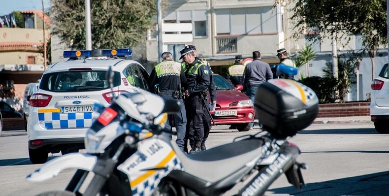 Agentes de la Policía Local de La Línea en una imagen de archivo