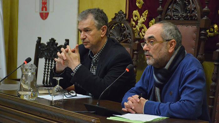 Beneroso y Pérez Girón presentan el libro en San Roque