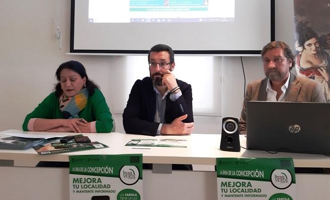 Peño, Franco y Ceferina Peño durante la presentación del proyecto
