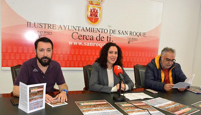 Cristóbal Rueda, Dolores Marchena y César Aldana durante la presentación del maratón