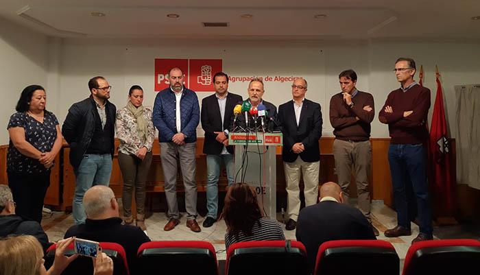 Los representantes socialistas expresan su apoyo a Ruiz Boix