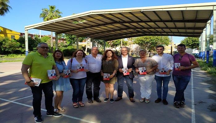 Juan Lozano pretende construir un nuevo pabellón deportivo