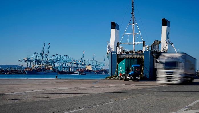 El Puerto confía a cuatro grandes firmas el desarrollo de su Port Community