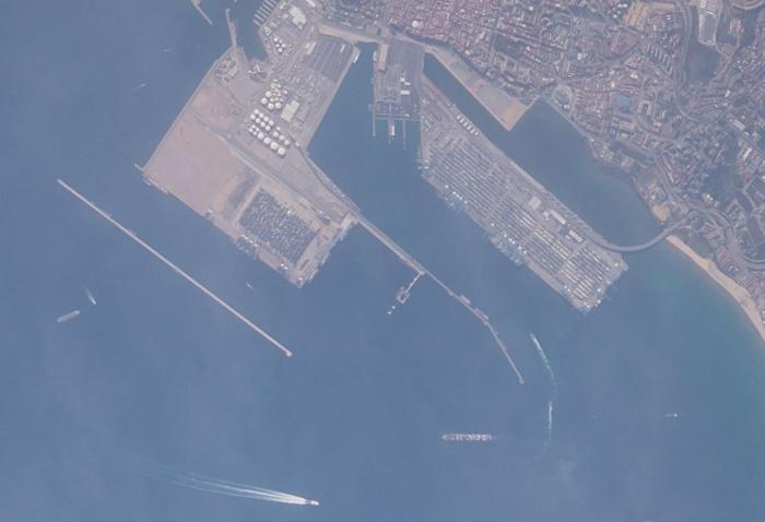 Imagen aérea del Puerto de Algeciras tomada por la NASA