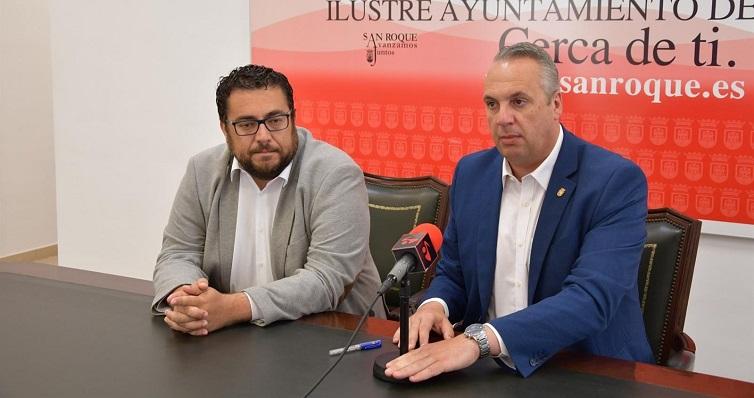 Juan Carlos Ruiz Boix, a la derecha