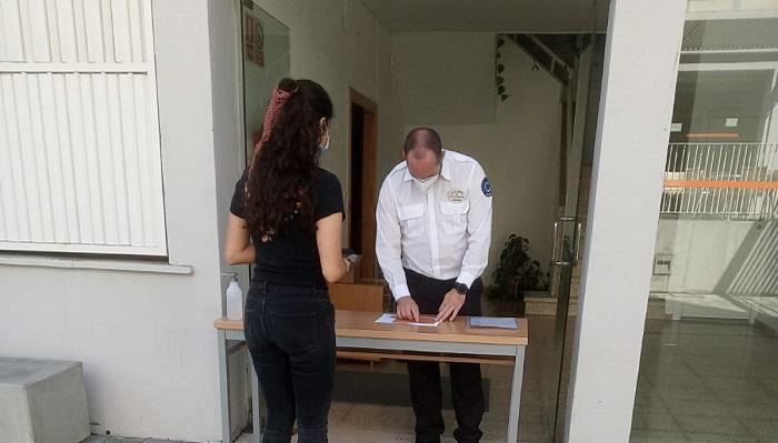 La UCA entrega equipos informáticos para su alumnado en Algeciras